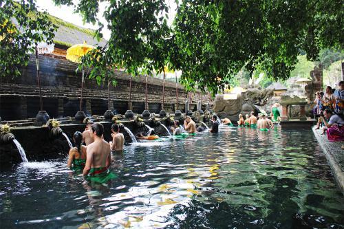 Temple Tirta Empul
